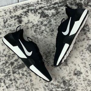 NIB W Ashin Modern women's athletic shoes